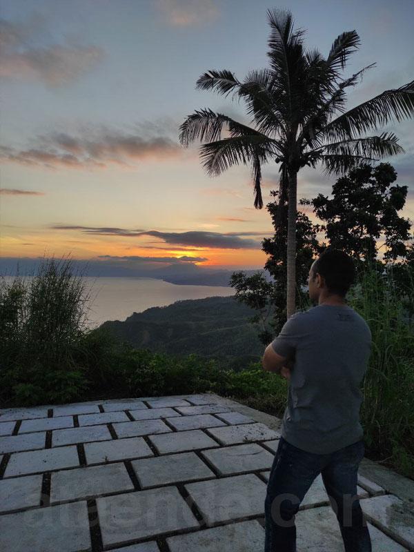 Sunset dari puncak Bukit Kezimara